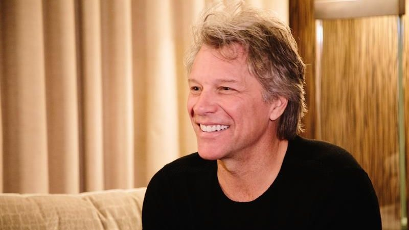 """Jon Bon Jovi dijo que """"nunca tuvo un plan B"""" al recordar su carrera musical."""