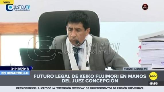 Juez Concepción Carhuancho lee resolución