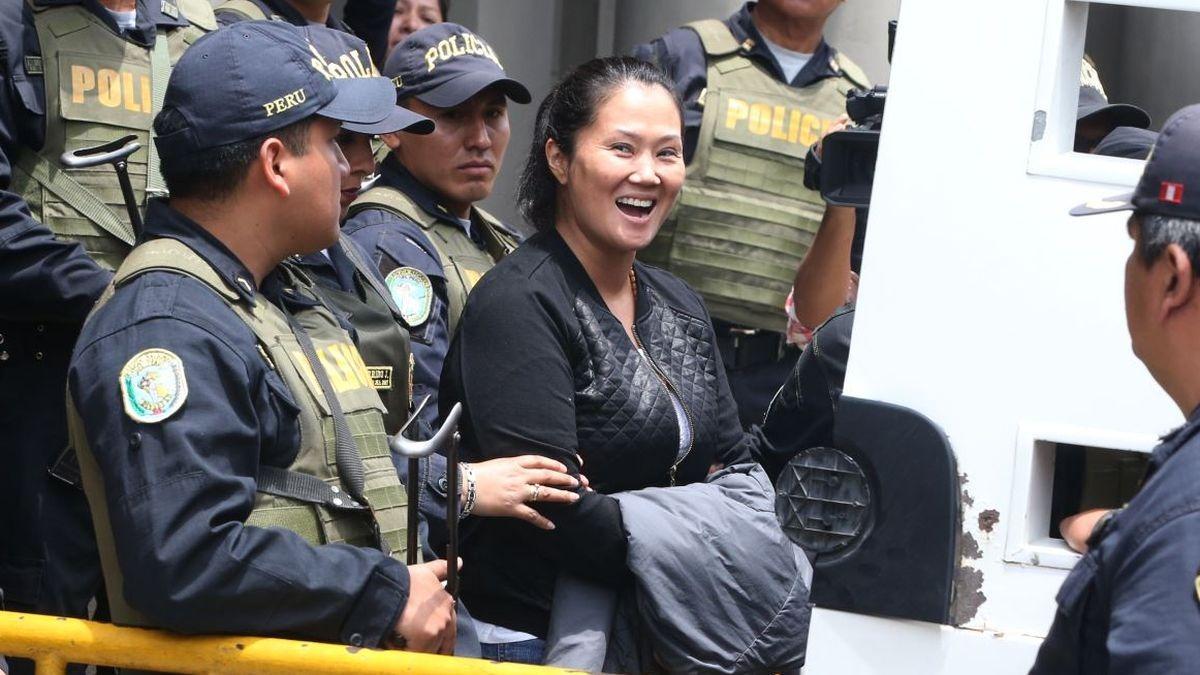 Giuliana Loza acudió al penal Anexo Mujeres de Chorrillos para reunirse con Keiko Fujimori.