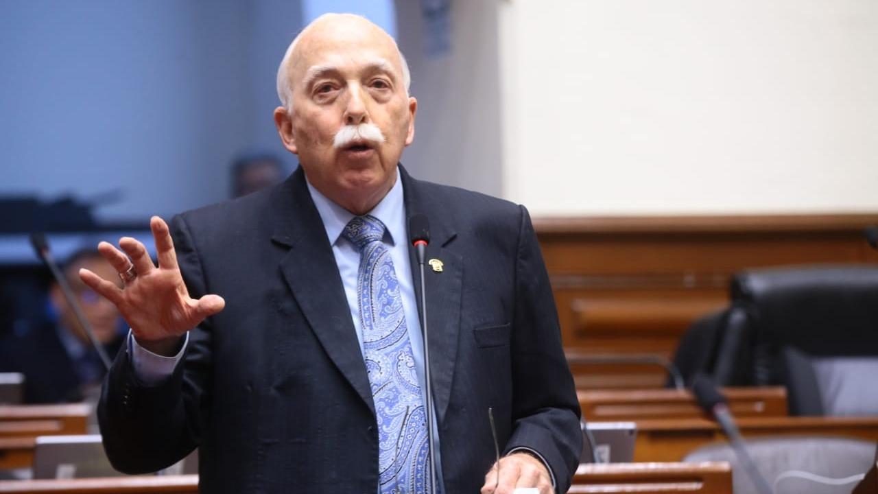 El vocero acudió hasta el penal Anexo Mujeres de Chorrillos.