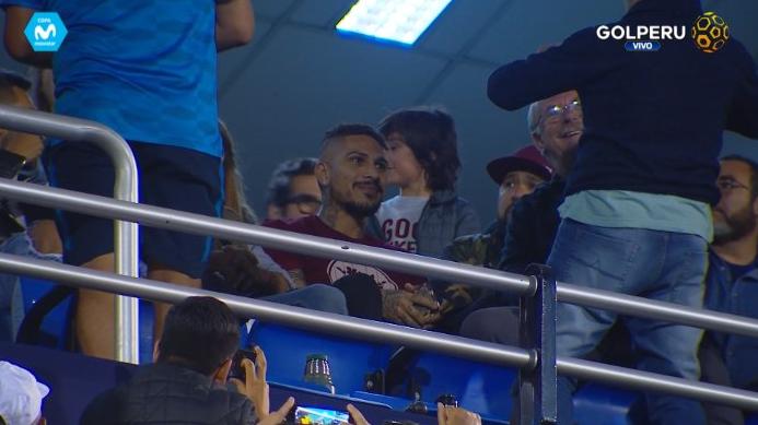 Paolo Guerrero estuvo presente en la victoria de Alianza Lima 2-1 a Universitario de Deportes.