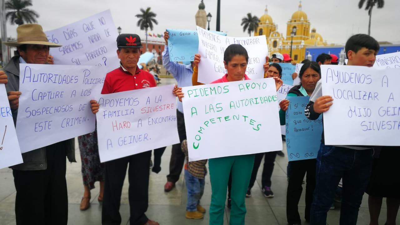 Familiares del desaparecido Geiner Silvestre piden a las autoridades el levantamiento de las comunicaciones del excandidato a regidor por Mache.