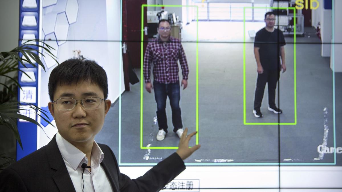 Empresa china creó tecnología para detectar el modo en el cual te mueves y reconocerte aún si tu rostro no es visible.