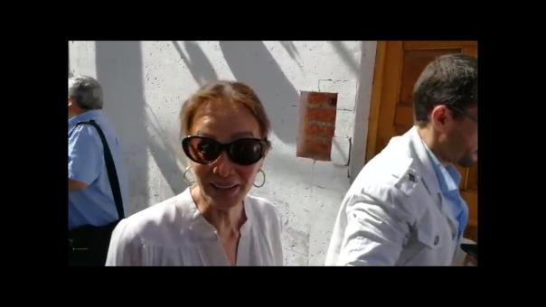 Isabel Preysler llega a La Nueva Palomino para el almuerzo durante una pausa del Hay Festival Arequipa 2018.