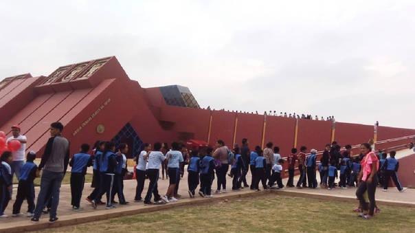 El Museo Tumbas Reales del Señor de Sipán es un museo arqueológico peruano inaugurado en el año 2002.