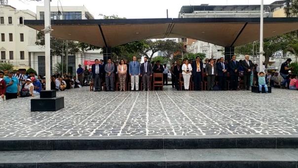 Parque principal de Chiclayo, capital de la región Lambayeque fue escenario de lanzamiento del Bicentenario.