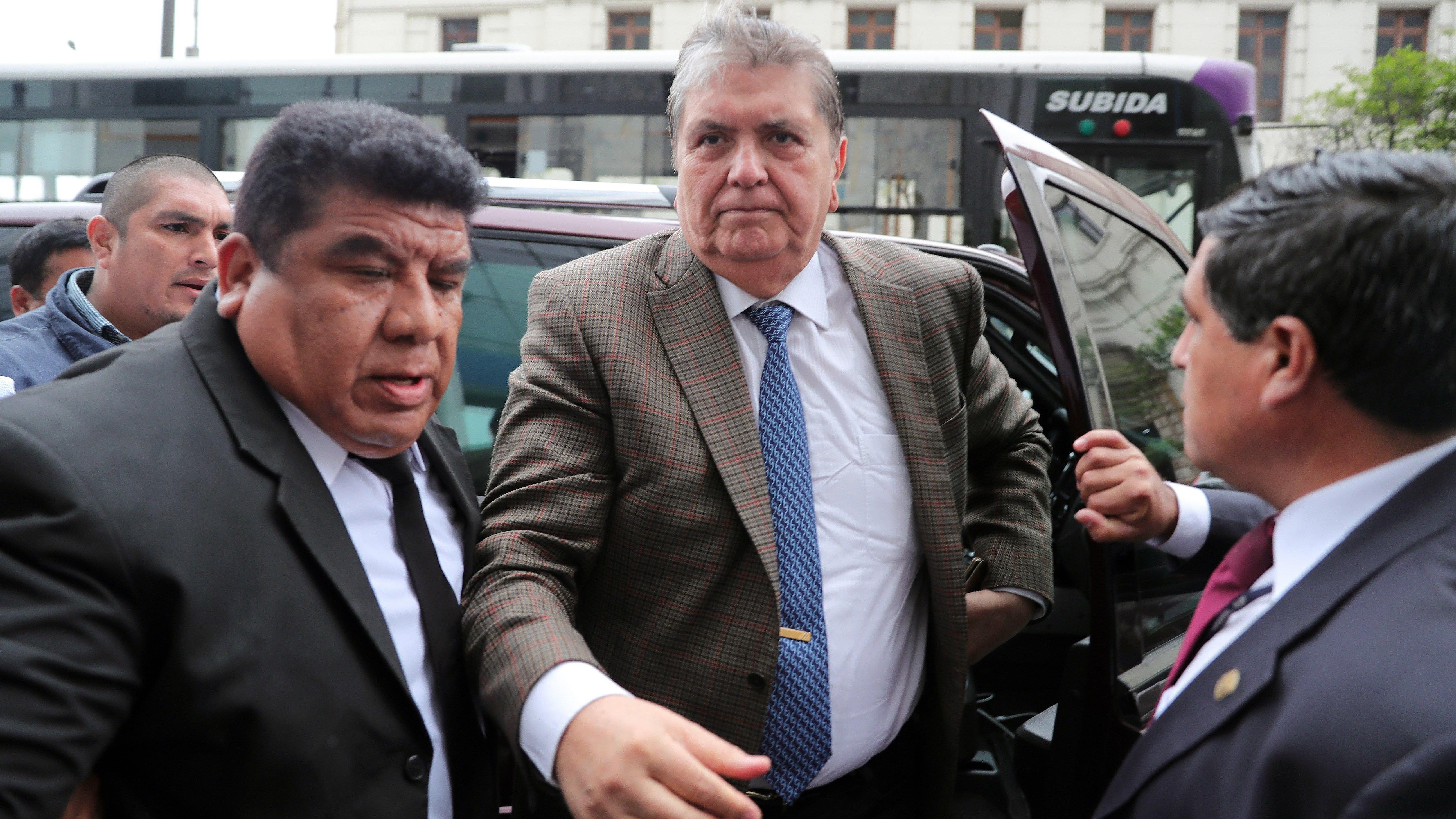 qeweAlan García se pronunció tras recibir la orden de 18 meses de impedimento de salida del país.