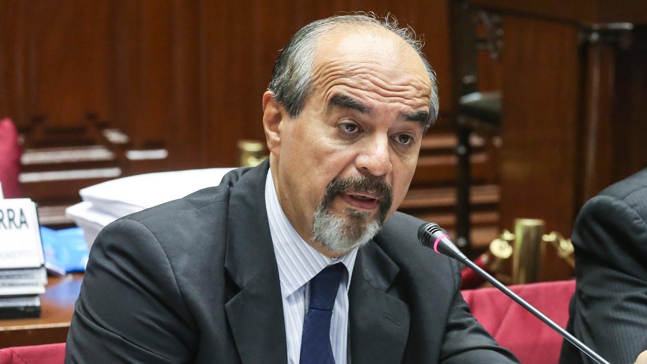 El parlamentario aprista dijo que el expresidente García cuenta con el apoyo de la dirigencia del partido.