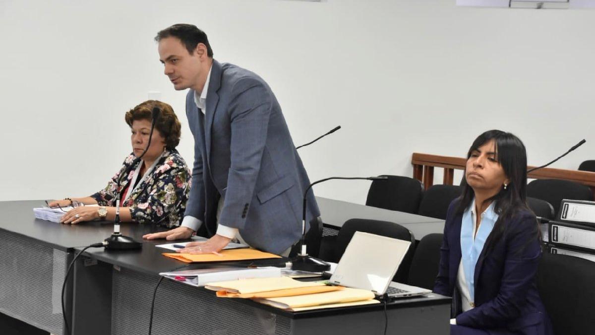 Mark Vito Villanella, calificó la solicitud del fiscal Domingo Pérez como una persecución.