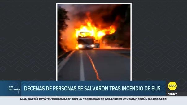 Decenas de personas se salvaron tras incendio de bus