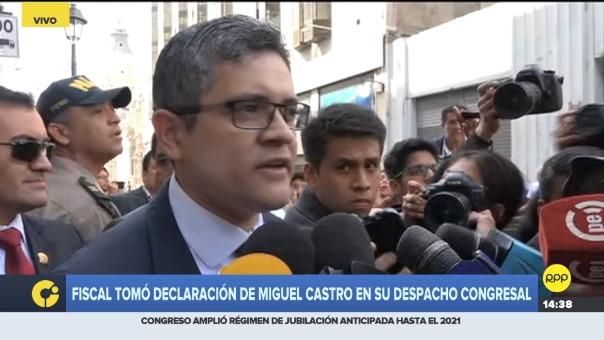 Fiscal tomó declaración de Miguel Castro en su despacho congresal