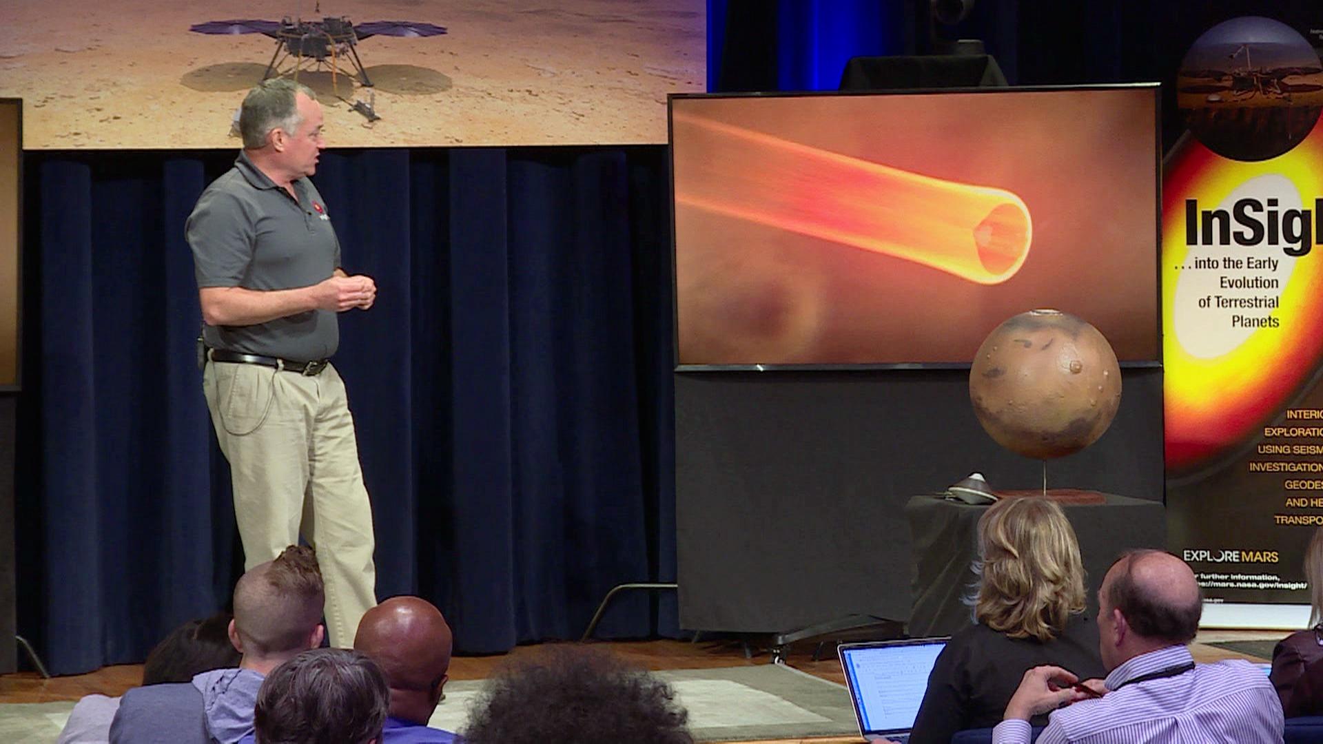 La sonda InSight de la NASA intenta riesgoso descenso en Marte.