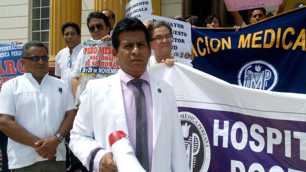 Presidente de la Federación Médica en esta región, Paul Larrea Alvarado.