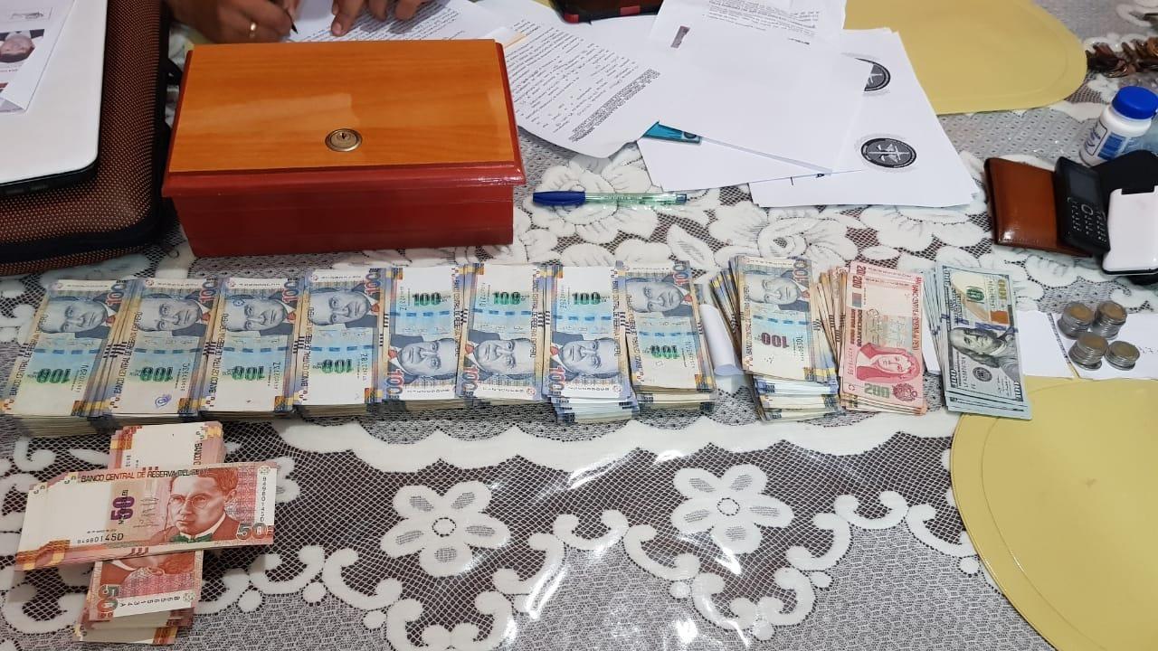 Dinero encontrado durante detención