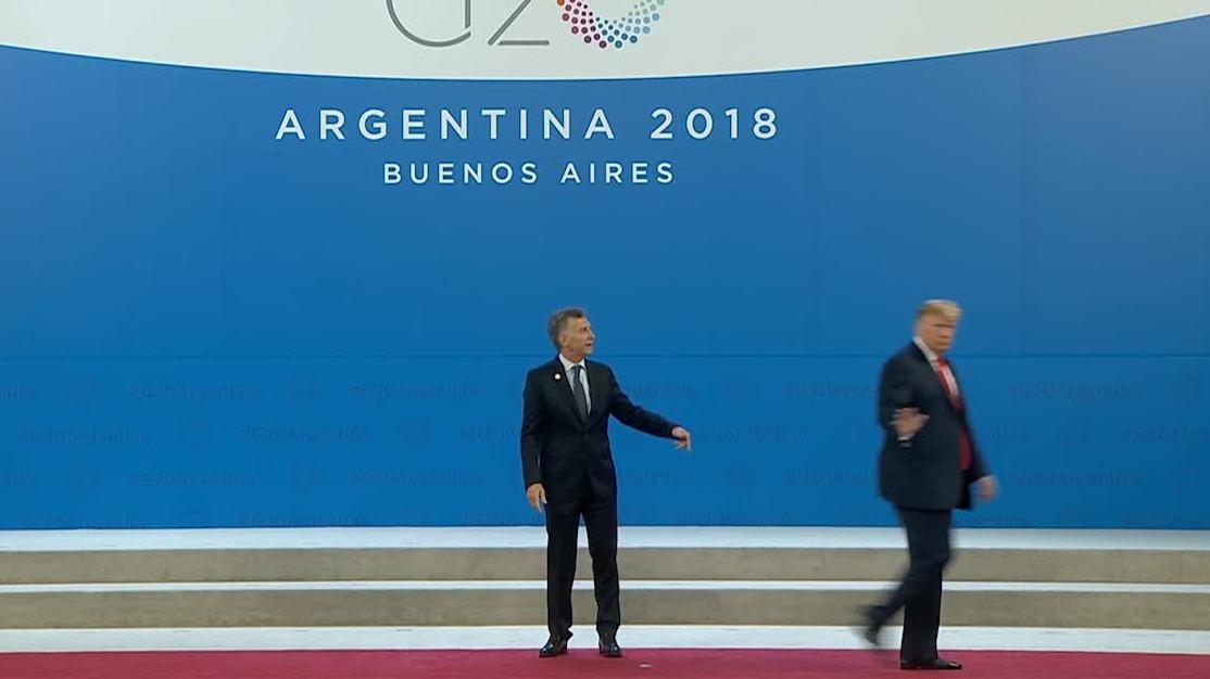 Donald Trump se alejó de Mauricio Macri y dejó al presidente de Argentina con ganas de hablar.