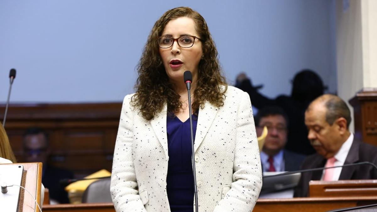 Rosa Bartra fue presidenta de la Comisión Lava Jato.