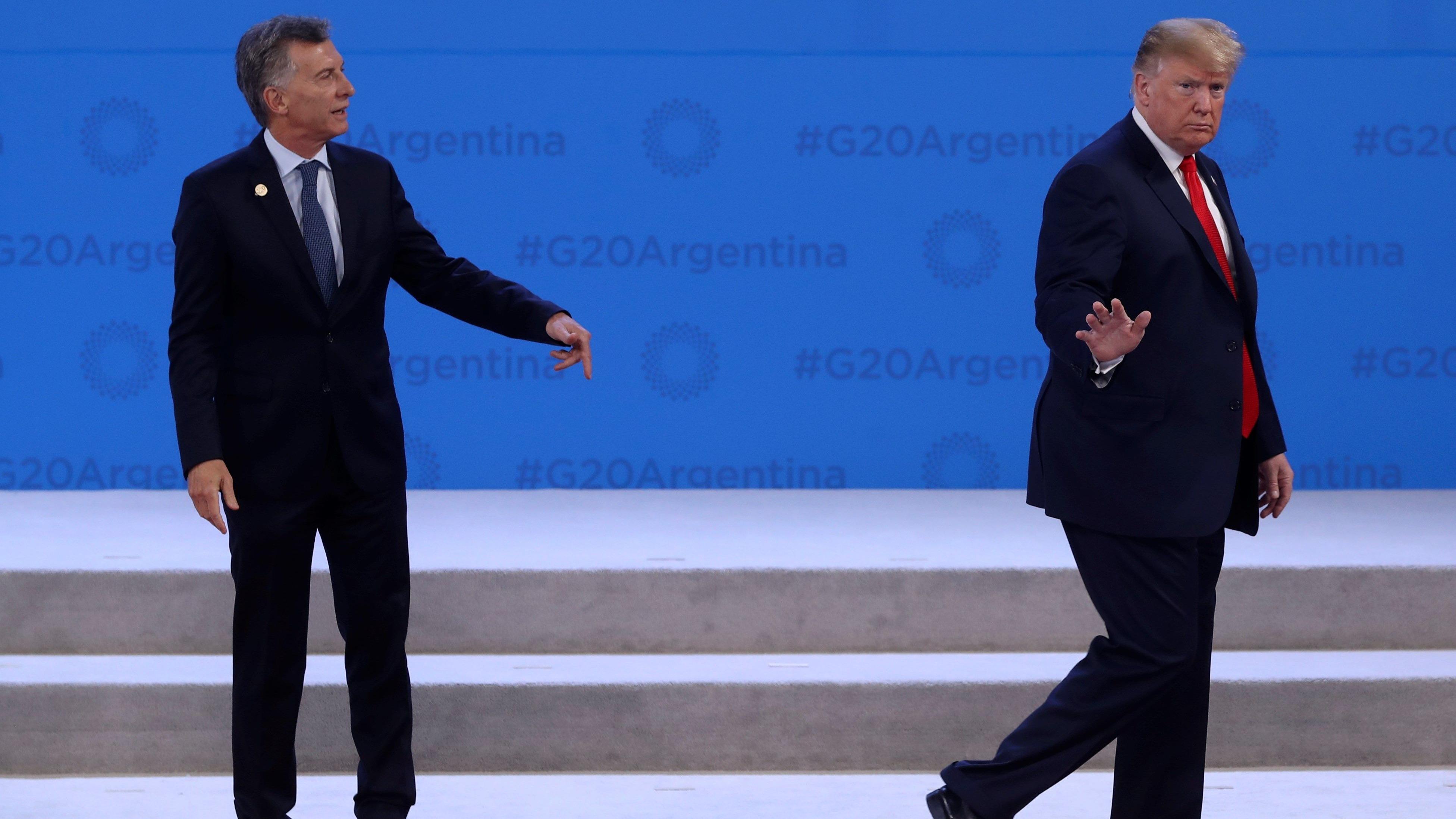 En la foto oficial, Donald Trump dejó solo al presidente de Argentina, Mauricio Macri.