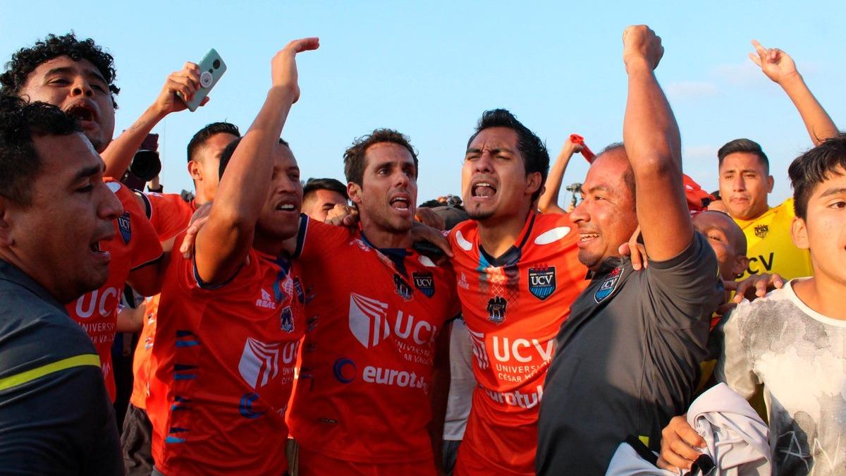 César Vallejo 3-1 a Carlos A. Mannucci y salió campeón en Segunda División