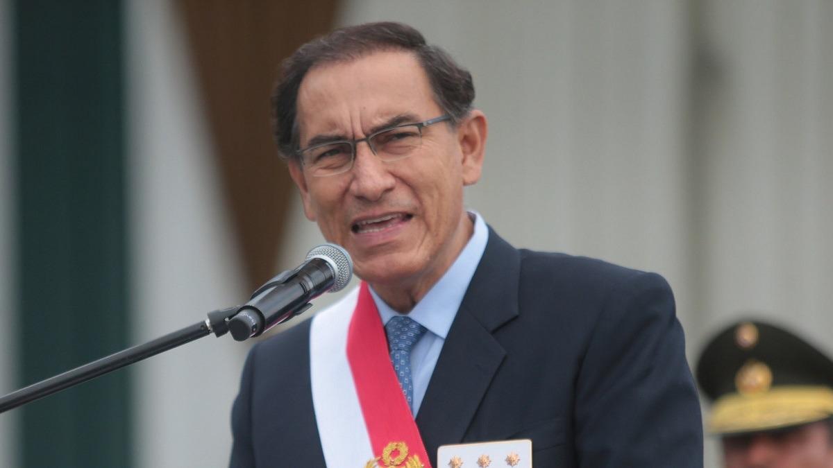 El presidente Vizcarra asiste a una ceremonia en la región Puno.
