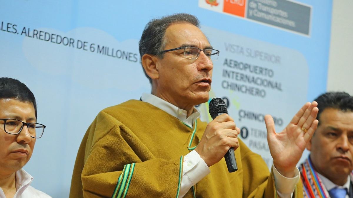 Presidente firmó contrato de movimiento de tierras en Chinchero.