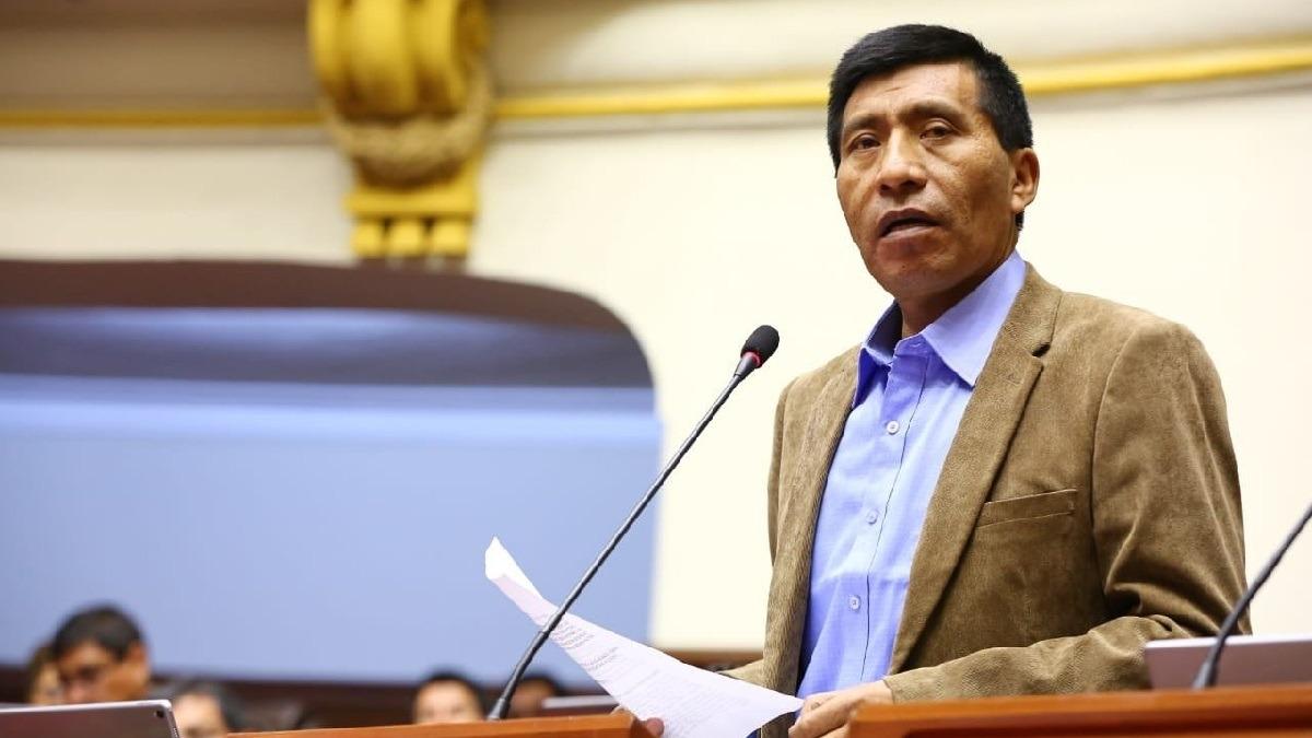 Congresista se defendió de la acusación en su contra.