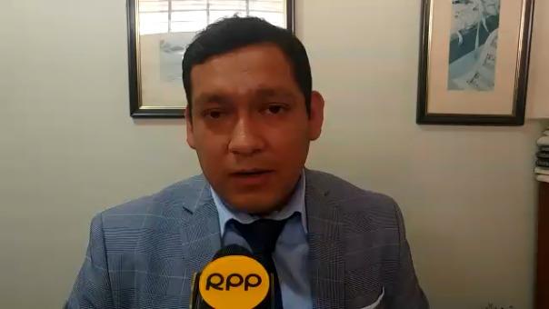 Jhonatan Chávez Arrascue, abogado del trabajador.