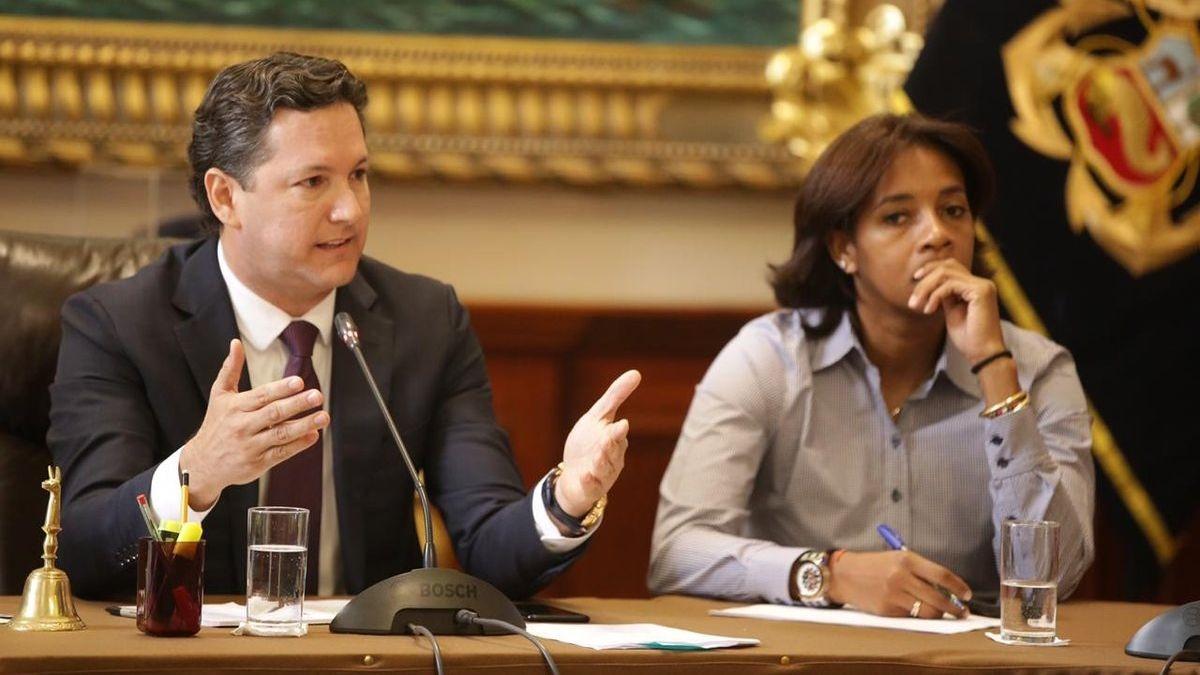 La disposición de Daniel Salaverry fue criticada por Luz Salgado.