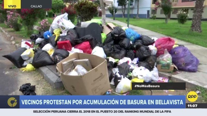 Los vecinos de Bellavista acusaron que la basura acumulada está provocando la acumulación de bichos.