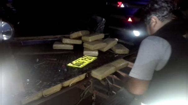 Tolva de la camioneta tenía doble piso.