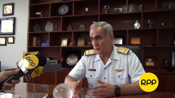 El Gnral. FAP Carlos caballero explica quiénes son los usuarios de las imágenes del Perú SAT-1.