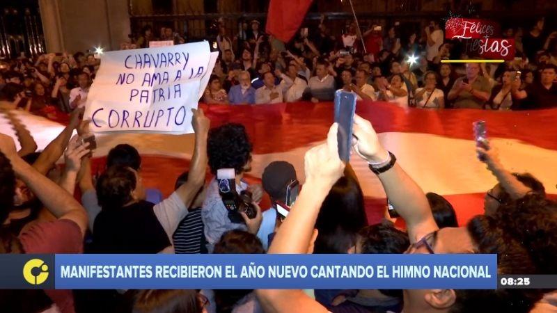 Los manifestantes se concentraron afuera de la oficina del fiscal José Domingo Pérez.