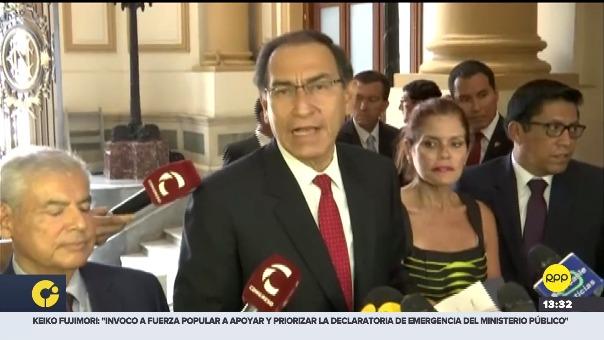Martín Vizcarra acudió al Congreso para presentar proyecto de ley.