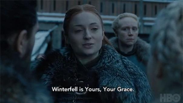 Sansa Stark le da la bienvenida a Daenerys a Winterfell.