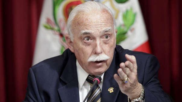 El vocero de Fuerza Popular dijo que están evaluando la situación de Salaverry.
