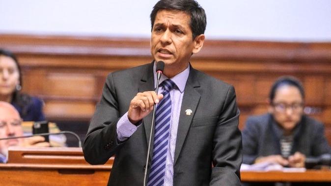 El vocero de la bancada de Peruanos por el Kambio confirmó la reunión con Vizcarra.
