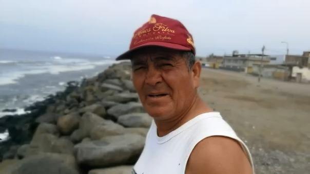 Don Jorge Barriga ha vivido toda su vida en Buenos Aires y ha presenciado cómo poco a poco el balneario se perdió.