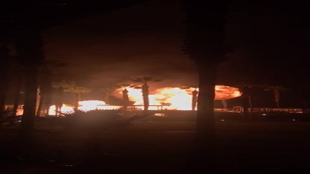 Usuarios registraron el momento exacto en que se produjo explosión en la casa de playa de Asia.