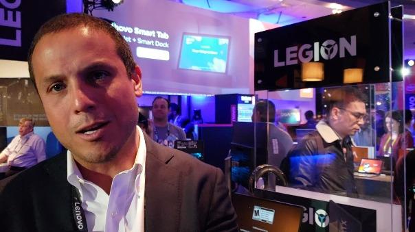 Jaime Pomareda de Lenovo en Las Vegas.