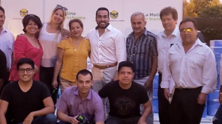 Sofía Franco y su esposo Álvaro Paz de la Barra llevaron donaciones a los damnificados por el aniego en San Juan de Lurigancho.