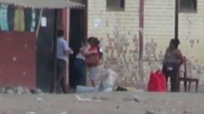 El reencuentro de Katiuska del Castillo con su madre al salir del penal de Chiclayo.