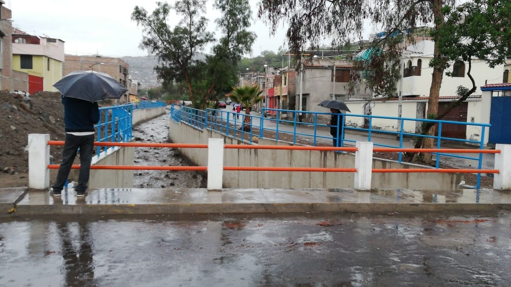 La tercera torrentera ingresó y provocó daños en varias zonas de Paucarparta.