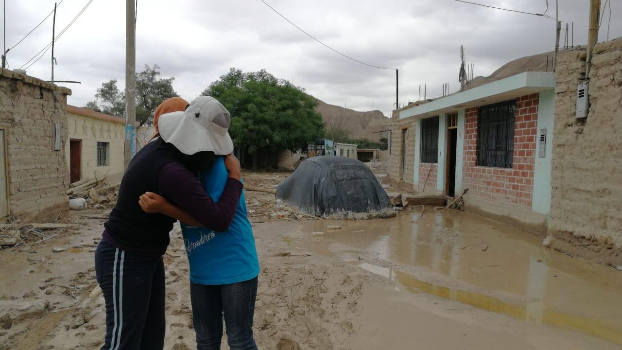 Se elevó a dos la cifra de muertos por la caída de un huaico en Tacna.
