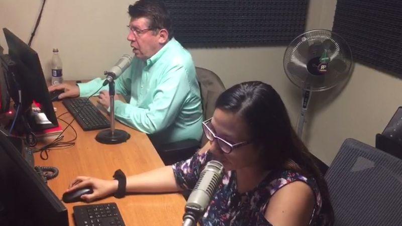 Así se leen nuestros titulares. En imágenes, nuestros locutores: Hugo Viladegut Bush y Giuliana Ramos Palacios.