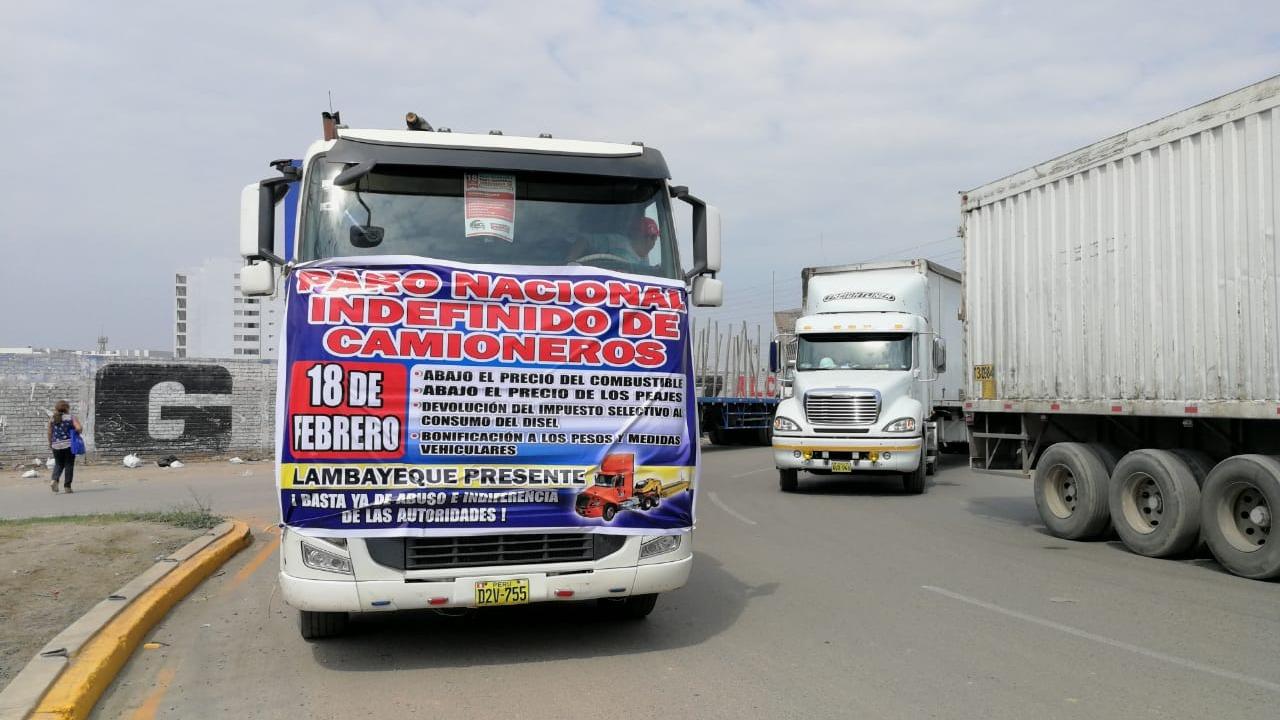Camiones en paro nacional