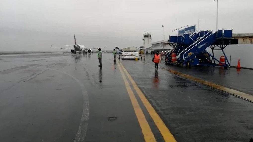 Hoy iniciaron trabajos de ampliación del aeropuerto, que seguirá funcionando al 100 %