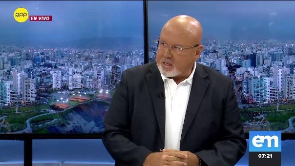 Carlos Bruce, integrante de la bancada Peruanos por el Kambio.
