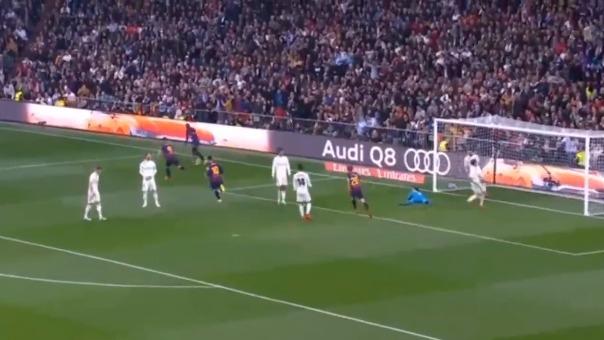 El primer gol del Barcelona sobre Real Madrid.