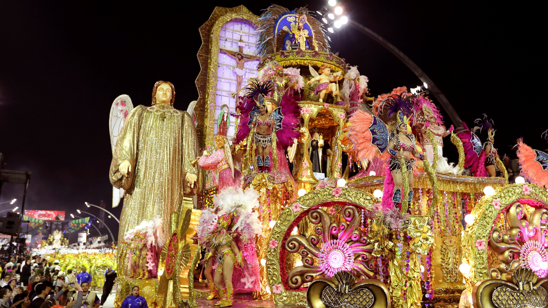 Presentación en el Carnaval de Sao Paulo rindió tributo a la