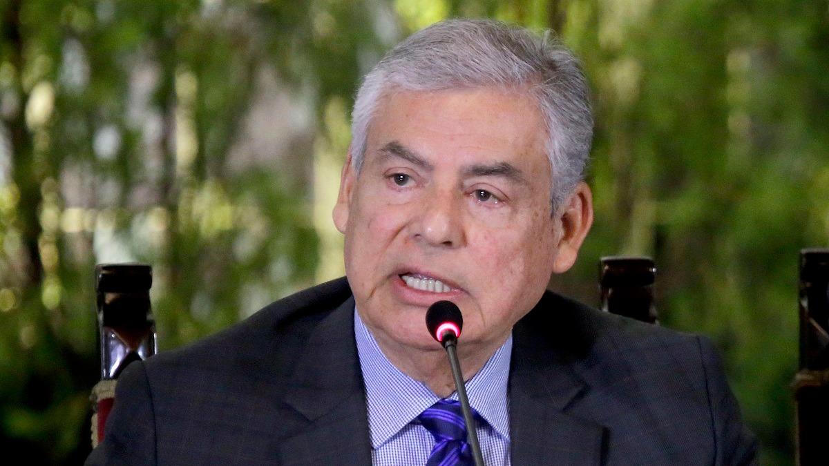 César Villanueva renunció a la PCM.