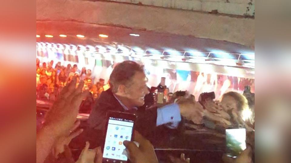 El video de Luis Miguel encontrándose con sus fans al terminar el concierto.
